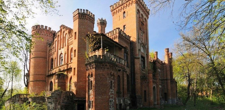 Фото 1 - П'ятірка вцілілих палаців Черкащини