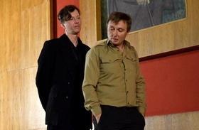 """Статья 'Актеры представили черкасщанам импровизацию """"Гамлет и Джульетта""""'"""