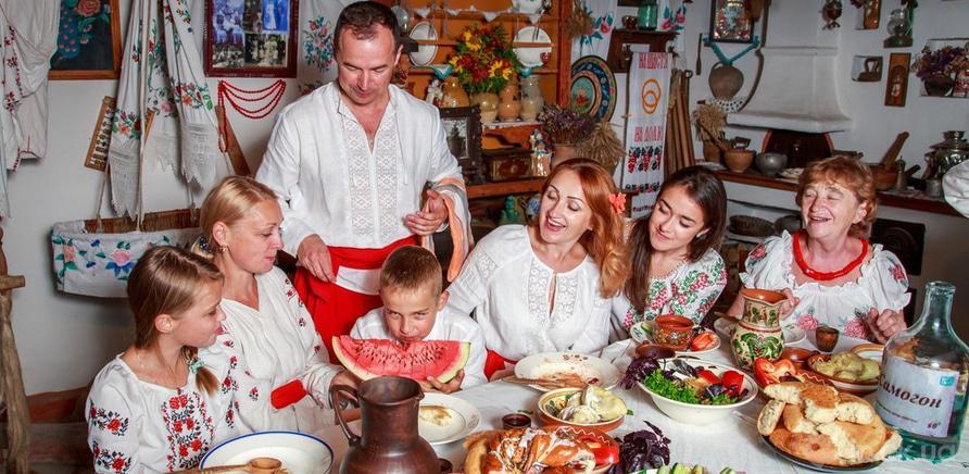 Фото 5 - Семейное древо: в Черкассах запустили уникальный фотопроект