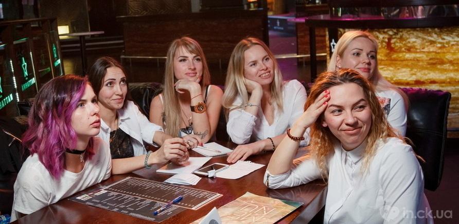 Фото 1 - Шальные головы: интеллектуальная игра из Европы покоряет черкасщан