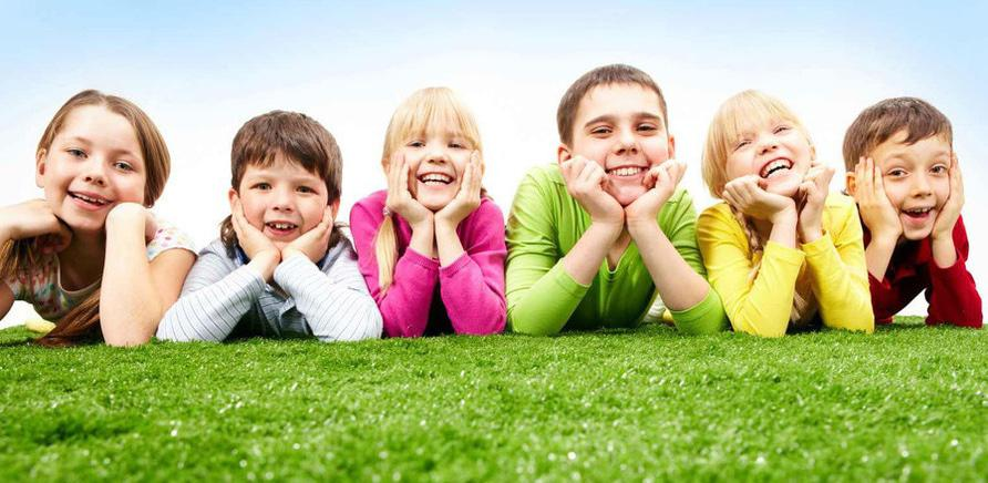 Коли батьки на роботі: огляд таборів денного відпочинку для дітей