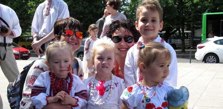 Фото 3 - В Черкассах в четвертый раз состоялся марш в вышиванках