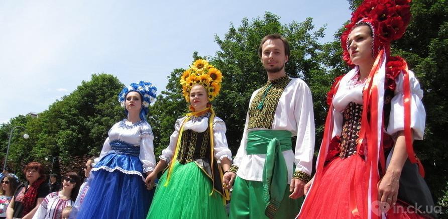 Фото 10 - В Черкассах в четвертый раз состоялся марш в вышиванках