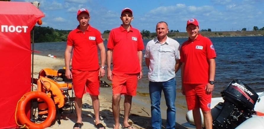 Фото 3 - На черкасских пляжах появились спасательные посты