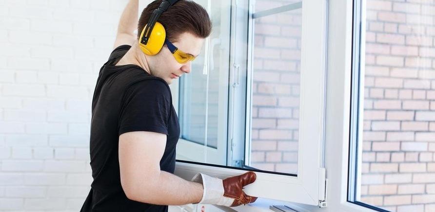 Какие окна помогут сохранить тепло в доме?