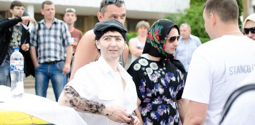 """Фото 3 - """"Крутой спуск"""" развеселил черкасщан"""