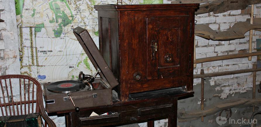 Фото 8 - Холодильник XIX века