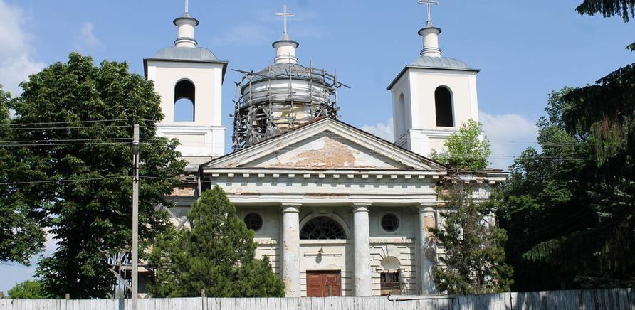 Фото 1 - Успенский костел. Фото – www.mandry.ck.ua
