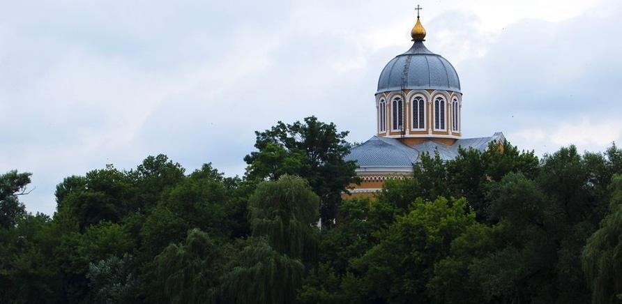 Фото 3 - Покровский собор. Фото – static.panoramio.com