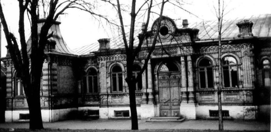 Фото 3 - Старое помещение краеведческого музея. Фото с Facebook Юрия Мезенцева