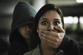 Стаття 'Нічні вулиці: як жінці самотужки впоратися з нападником'
