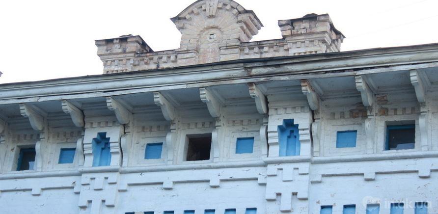"""Надстройка на крыше планетария – мифическое """"жилье"""" для домашнего духа (ул. Байды Вишневецкого, 14)"""