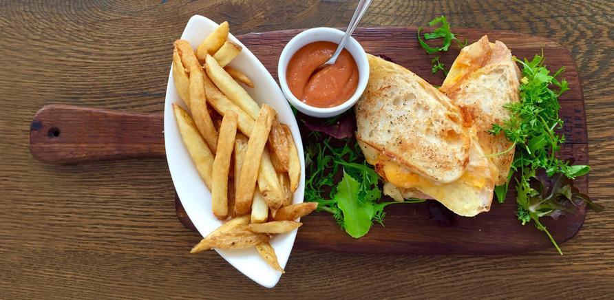 Время обедать: куда пойти на бизнес-ланч в Черкассах?