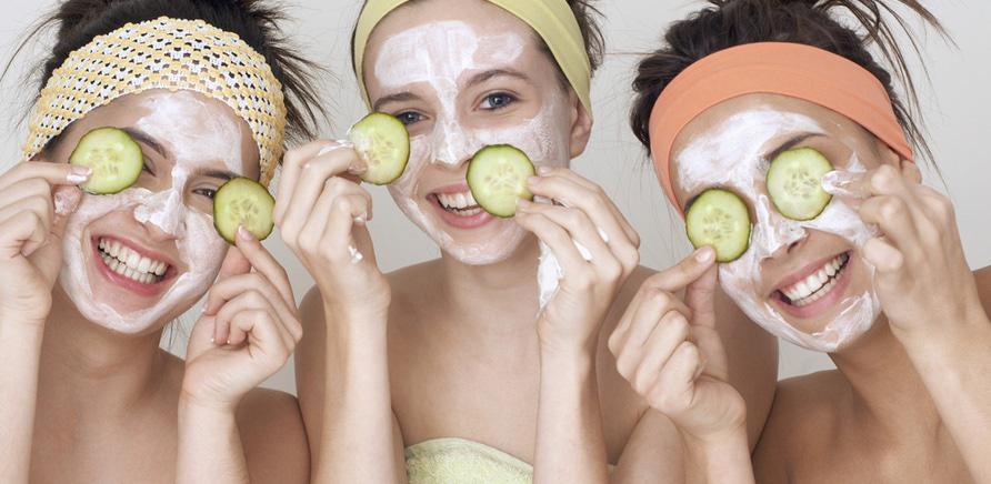 Гід з краси: як доглядати за шкірою обличчя в різному віці?