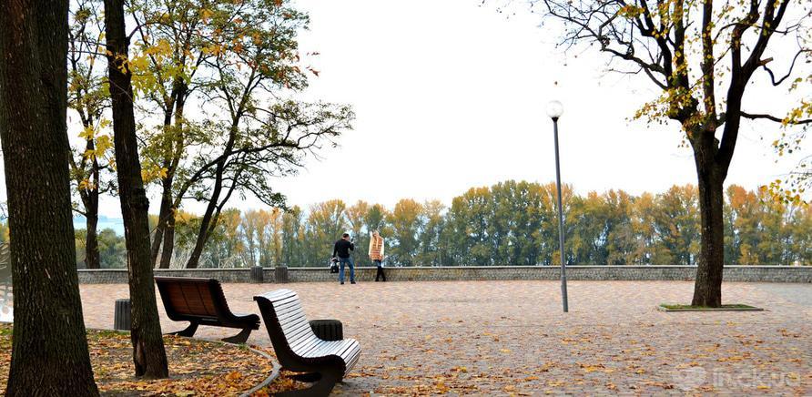Фото 4 - Сквер імені Богдана Хмельницького