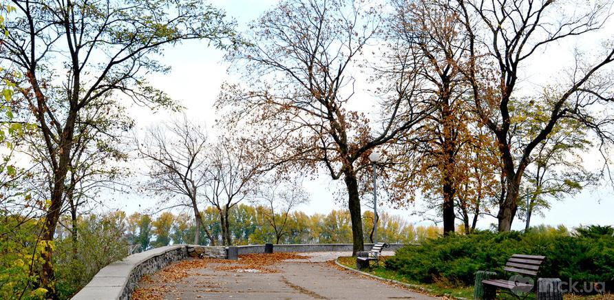 Фото 6 - Сквер імені Богдана Хмельницького