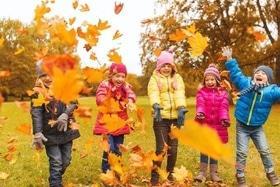 Статья 'Чем занять ребенка на осенних каникулах?'
