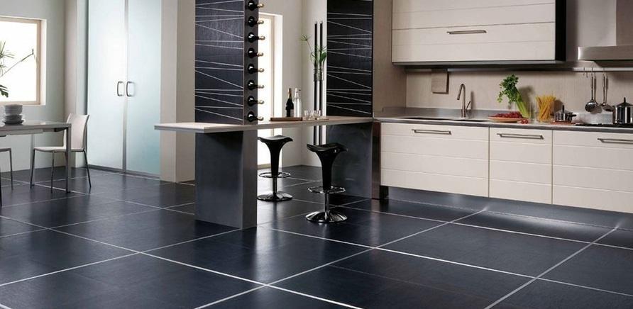 Фото 5 - Для кухонного пола нет ничего более практичного, чем плитка
