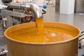 Статья 'Самый большой в Украине завод по переработке меда построили под Черкассами'