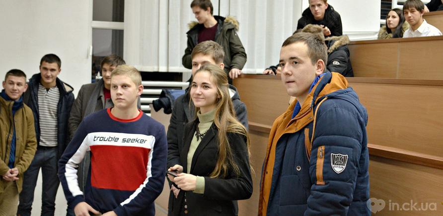 Фото 8 - Студенты ЧНУ на коллективном шахматном турнире