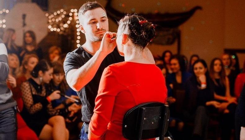 'Виталий Танюк: мужской взгляд на женскую красоту'
