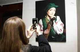 Статья 'Выставка головных уборов состоялась в Черкассах'