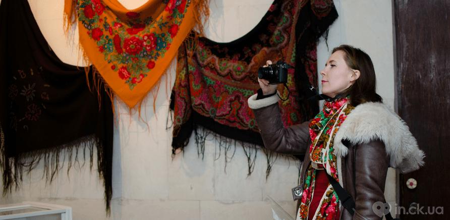 Фото 2 - Выставка головных уборов состоялась в Черкассах