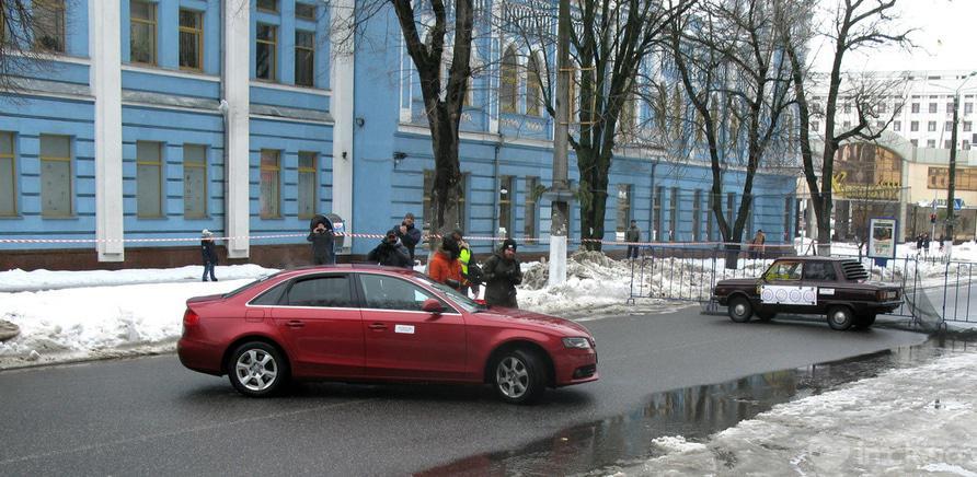 """Фото 1 - """"Женские старты"""" устроили в Черкассах 8 марта"""