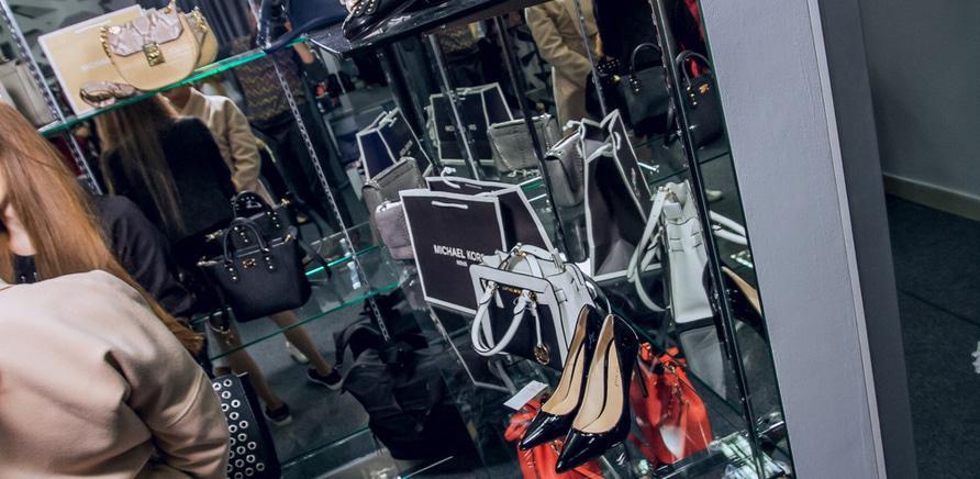 У Черкасах працює салон одягу від відомих світових брендів 49eaac0c42b46