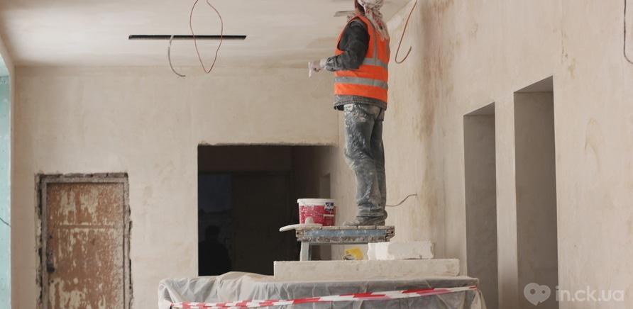 Фото 6 - Черкаський драмтеатр: ремонтні роботи набирають обертів