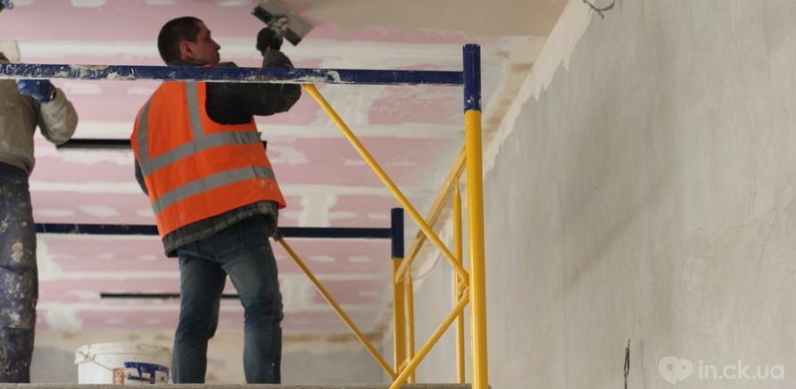 Фото 9 - Черкаський драмтеатр: ремонтні роботи набирають обертів