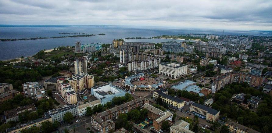 'Набережная – это все, что есть у нашего города: как обустраивают побережья в мире и в Черкассах '