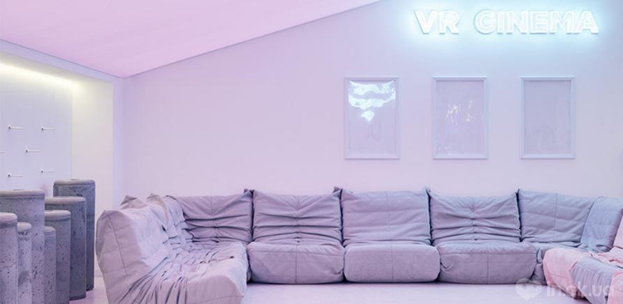 """Фото 5 - Мебель для фойе кинотеатра """"Мультиплекс"""" в ТРЦ """"Lavina Mall"""""""