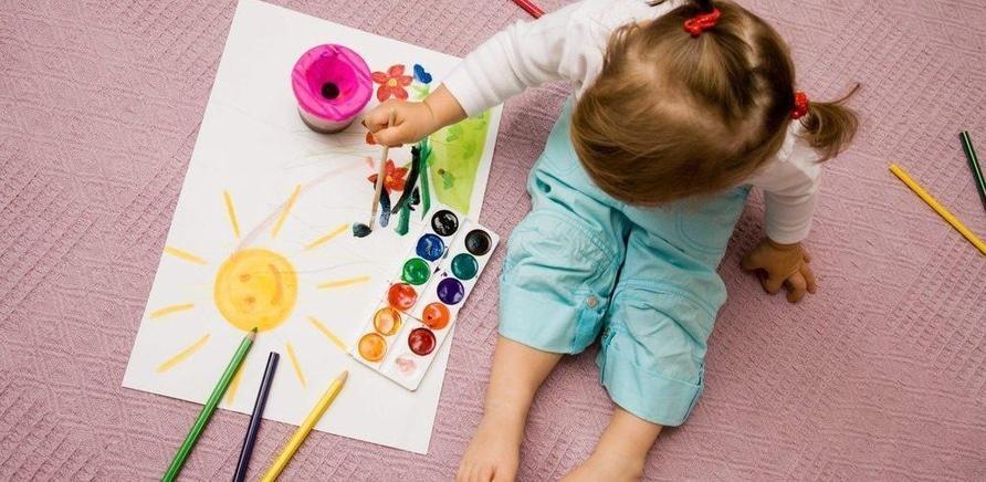 """'Творчество и наука: клуб """"Smart"""" предлагает комплексные курсы для детей'"""