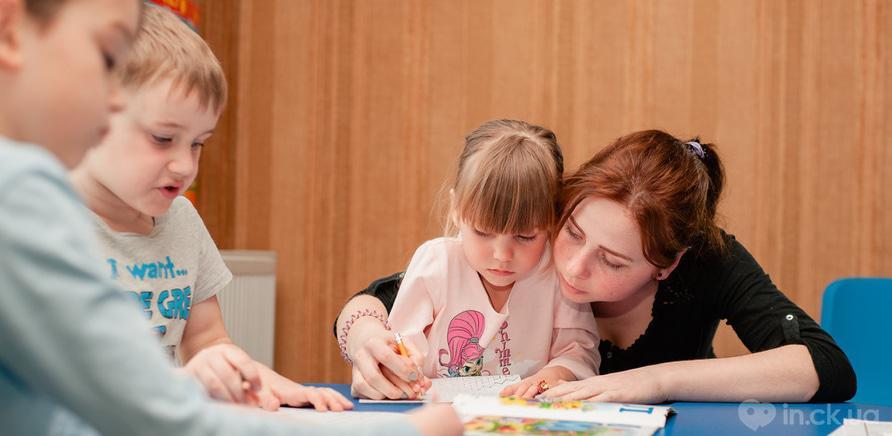 """Фото 4 - У Черкасах працює розвиваючий клуб-садочок для дітей """"Місто друзів"""""""