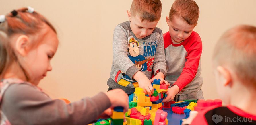 """Фото 5 - У Черкасах працює розвиваючий клуб-садочок для дітей """"Місто друзів"""""""