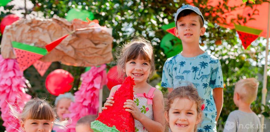 """Фото 8 - У Черкасах працює розвиваючий клуб-садочок для дітей """"Місто друзів"""""""