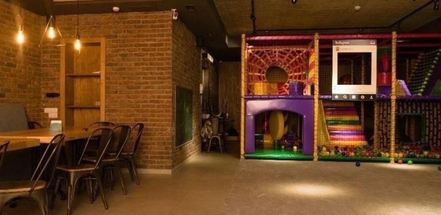 'Дети под присмотром, родители отдыхают: в черкасском ресторане работает детский этаж'