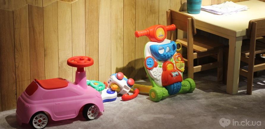 Фото 3 - Діти – під наглядом, батьки відпочивають: у черкаському ресторані працює дитячий поверх