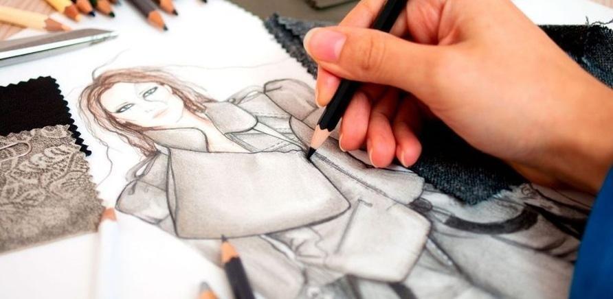 Примеры визуальных эффектов одежды с помощью линий фасона и структуры материала