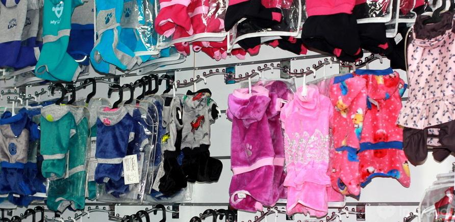 Фото 2 - В Черкассах открылся магазин с гардеробним отделом для животных