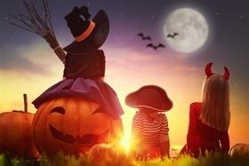 Статья 'Пугающие планы: куда пойти на Хэллоуин?'