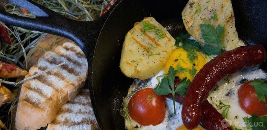 Вівсянка, сер: де смачно поснідати в Черкасах?