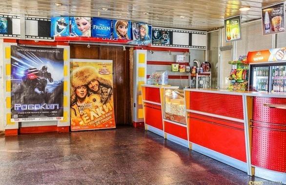 Фото 7 - Кинотеатр Украина