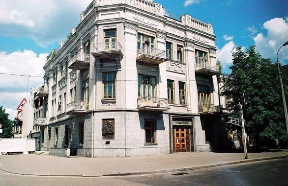 Фото 1 - Музей Кобзаря Т. Г. Шевченко