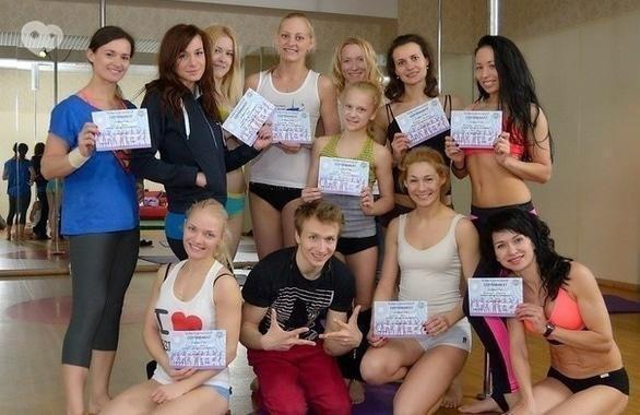 Фото 4 - Студия танца и акробатики на пилоне Politov School