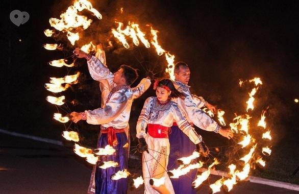 Фото 10 - Огненное шоу, пиротехническое шоу, великаны на ходулях Сварожичи
