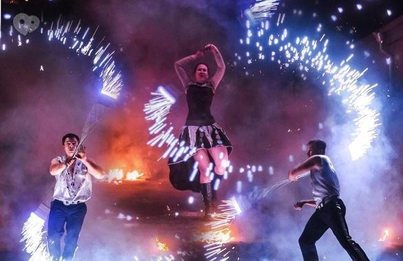 Фото 14 - Огненное шоу, пиротехническое шоу, великаны на ходулях Сварожичи