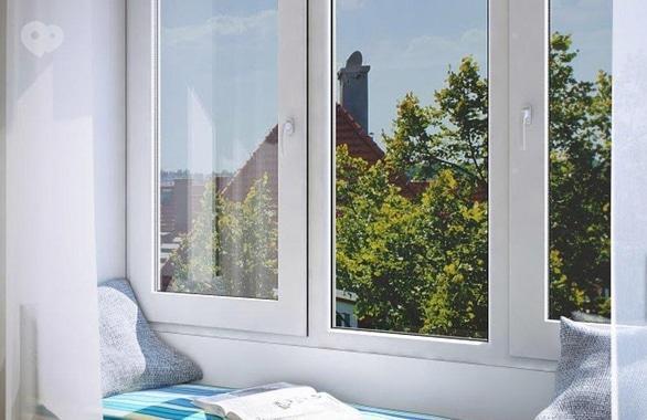 Фото 1 - Вікна, двері та фасади ТОВ Арка-плюс