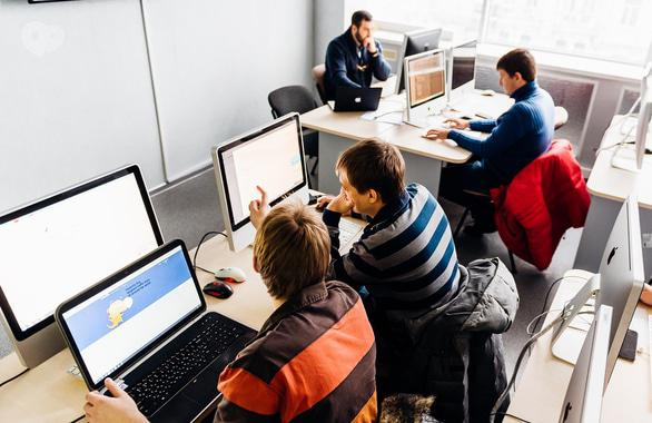 Фото 2 - Компьютерная академия ШАГ Черкассы